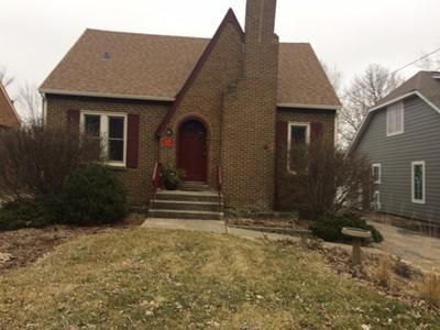 28W628 RAY ST, WARRENVILLE, IL 60555 - Photo 1