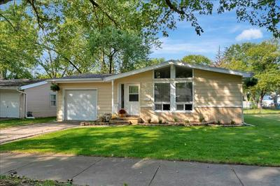 1575 S 5TH AVE, Kankakee, IL 60901 - Photo 1