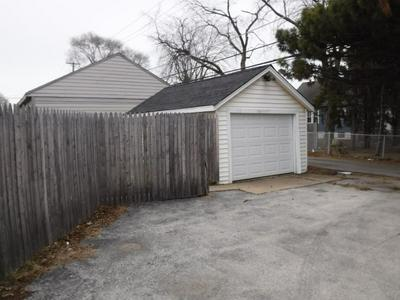 16329 STATE ST, SOUTH HOLLAND, IL 60473 - Photo 2