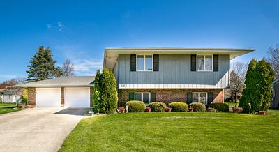 105 CINDY DR, Lexington, IL 61753 - Photo 2