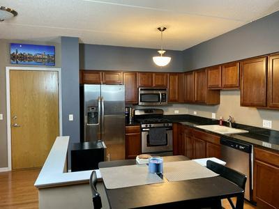 3401 WELLINGTON CT UNIT 214, Rolling Meadows, IL 60008 - Photo 2