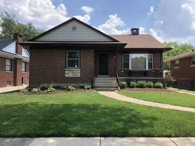 717 MANCHESTER AVE, Westchester, IL 60154 - Photo 1