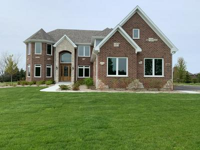 3 JESSICA CT, Hawthorn Woods, IL 60047 - Photo 2