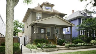 2320 W GREENLEAF AVE, Chicago, IL 60645 - Photo 1