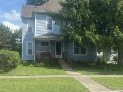 411 S STERLING ST, Streator, IL 61364 - Photo 1