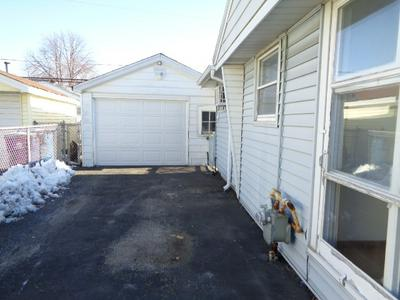 8801 S CORCORAN RD # 8801, HOMETOWN, IL 60456 - Photo 2