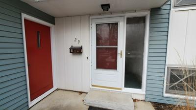 29 ROBIN HILL DR, Naperville, IL 60540 - Photo 2