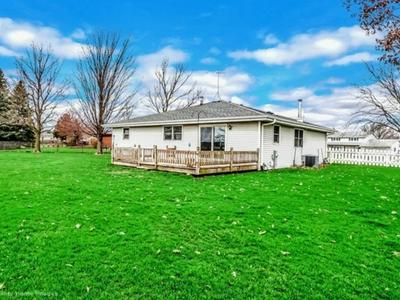 736 SCHOOLGATE RD, NEW LENOX, IL 60451 - Photo 2