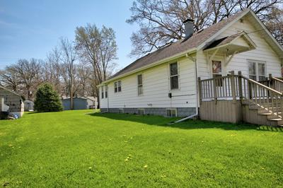 107 S MANSFIELD AVE, Milford, IL 60953 - Photo 2
