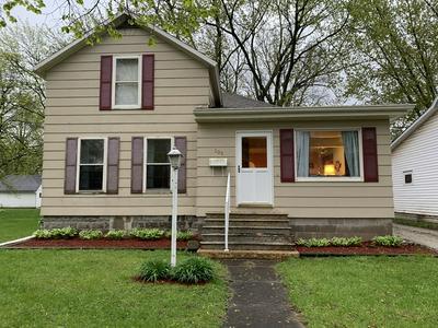 105 W HICKORY ST, Fairbury, IL 61739 - Photo 2