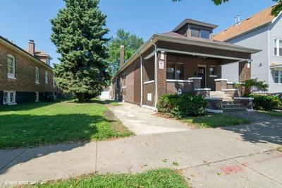 8450 S MARQUETTE AVE, Chicago, IL 60617 - Photo 1