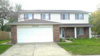 2425 PHEASANT ST, Woodridge, IL 60517 - Photo 1