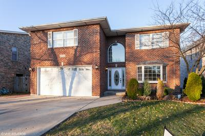 5912 BELMONT RD, Downers Grove, IL 60516 - Photo 2