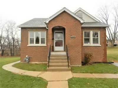 1016 SHERMAN ST, Joliet, IL 60433 - Photo 2