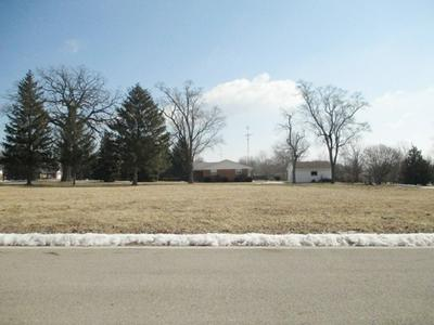 2 OAK BLUFF CT, Ottawa, IL 61373 - Photo 1