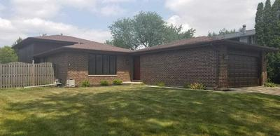 2642 BREWER LN, Woodridge, IL 60517 - Photo 1