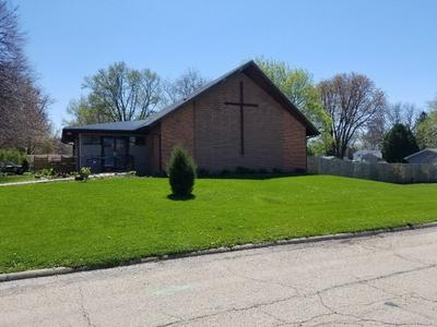 801 W 11TH ST, Sterling, IL 61081 - Photo 1