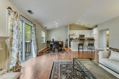 6654 WEATHER HILL DR, Willowbrook, IL 60527 - Photo 2