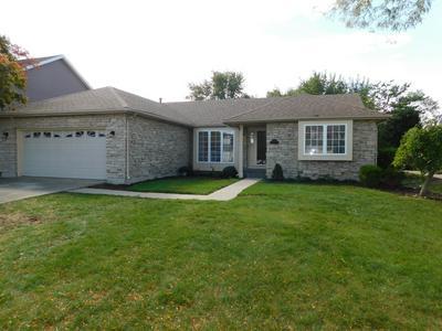 4910 CASTAWAY LN, Hoffman Estates, IL 60010 - Photo 2
