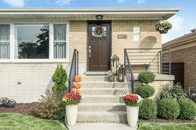 7735 NASHVILLE AVE, Burbank, IL 60459 - Photo 2