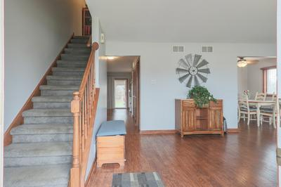 314 BEAVER XING, OSWEGO, IL 60543 - Photo 2