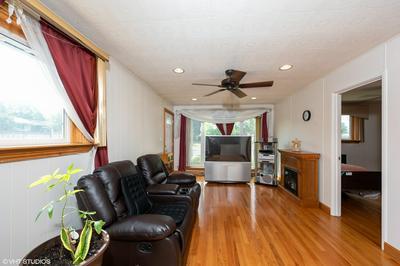 417 VIRGINIA ST, Bensenville, IL 60106 - Photo 2