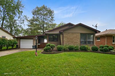 1733 S 5TH AVE, Kankakee, IL 60901 - Photo 1