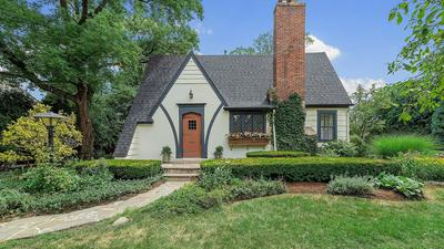819 S LINCOLN ST, Hinsdale, IL 60521 - Photo 1