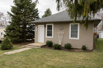 517 TABLE ST, LOCKPORT, IL 60441 - Photo 2