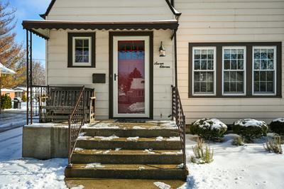 711 S MICHIGAN AVE, Villa Park, IL 60181 - Photo 2