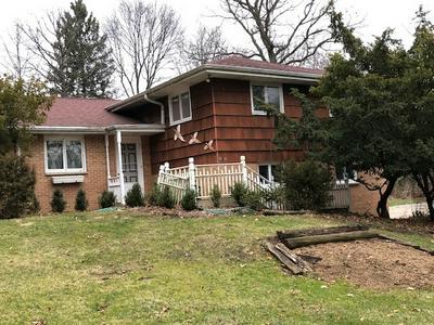 422 KIMBERLY RD, North Barrington, IL 60010 - Photo 1