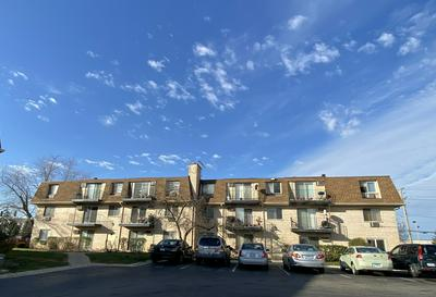 1111 BLOOMINGDALE RD APT 1A, Glendale Heights, IL 60139 - Photo 1