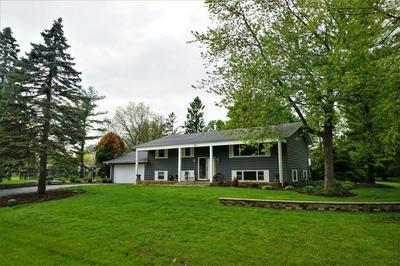 28W460 LAUREL DR, Naperville, IL 60564 - Photo 1