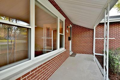 225 CLEARMONT DR, Elk Grove Village, IL 60007 - Photo 2