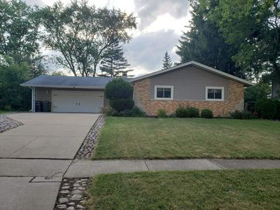 1360 GENTRY RD, Hoffman Estates, IL 60169 - Photo 2