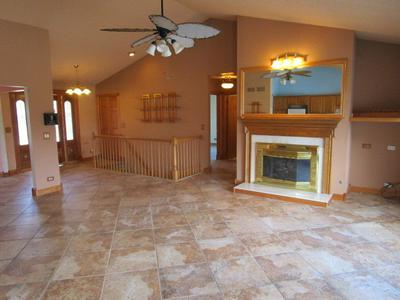 5314 AUTUMN WAY, JOHNSBURG, IL 60051 - Photo 2