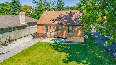 1863 SYCAMORE RD, Homewood, IL 60430 - Photo 2