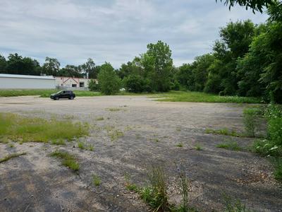 380 N CEDAR RD, New Lenox, IL 60451 - Photo 2