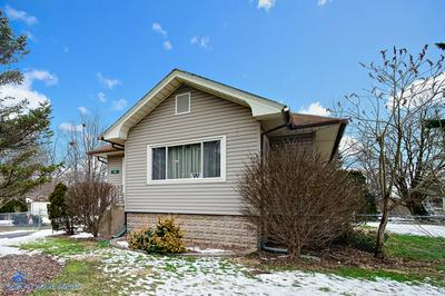 220 INDEPENDENCE AVE, JOLIET, IL 60433 - Photo 2