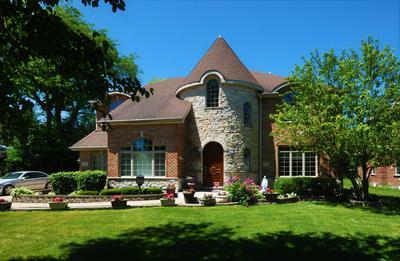 110 WASHINGTON RD, Glenview, IL 60025 - Photo 1