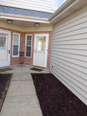 1453 GOLFVIEW DR, GLENDALE HEIGHTS, IL 60139 - Photo 2