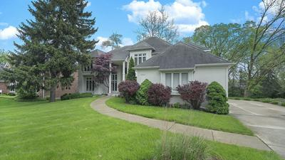 5805 GIDDINGS AVE, Hinsdale, IL 60521 - Photo 2