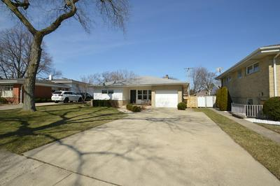10610 NEWBURY ST, WESTCHESTER, IL 60154 - Photo 2