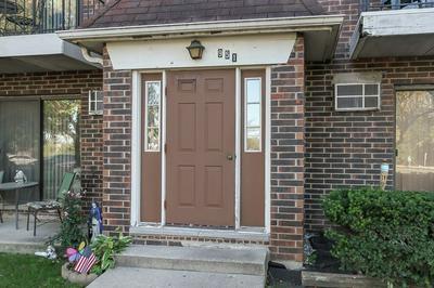 951 N ROHLWING RD APT 201B, Addison, IL 60101 - Photo 2