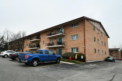 9430 GREENBRIAR DR APT 3G, Hickory Hills, IL 60457 - Photo 2