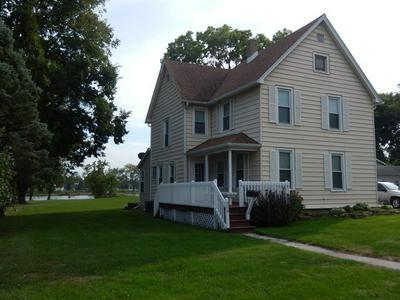 309 W RIVER ST, MOMENCE, IL 60954 - Photo 1