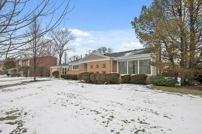 1047 ARBOR LN, GLENVIEW, IL 60025 - Photo 2
