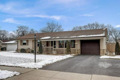 1231 SPRINGDALE LN, Elk Grove Village, IL 60007 - Photo 2