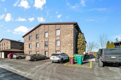59 W 64TH ST APT 101, Westmont, IL 60559 - Photo 2