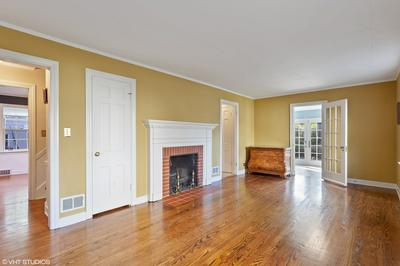 1521 THORNWOOD DR, Downers Grove, IL 60516 - Photo 2
